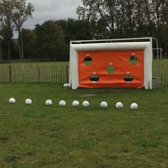 Opblaasbaar voetbaldoel